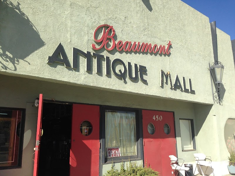 Photo of Beaumont Antique Mall
